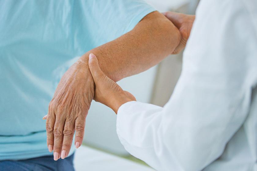gyulladt kézízület kezelés)