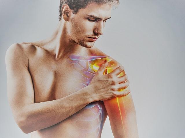 fájdalom a balkezes vállízületében