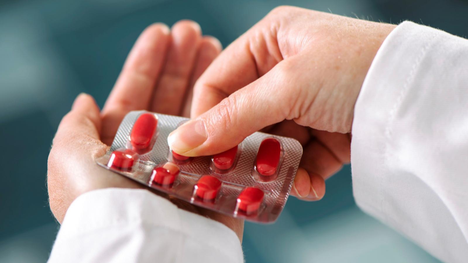 antibiotikumok használata ízületi fájdalmak esetén)