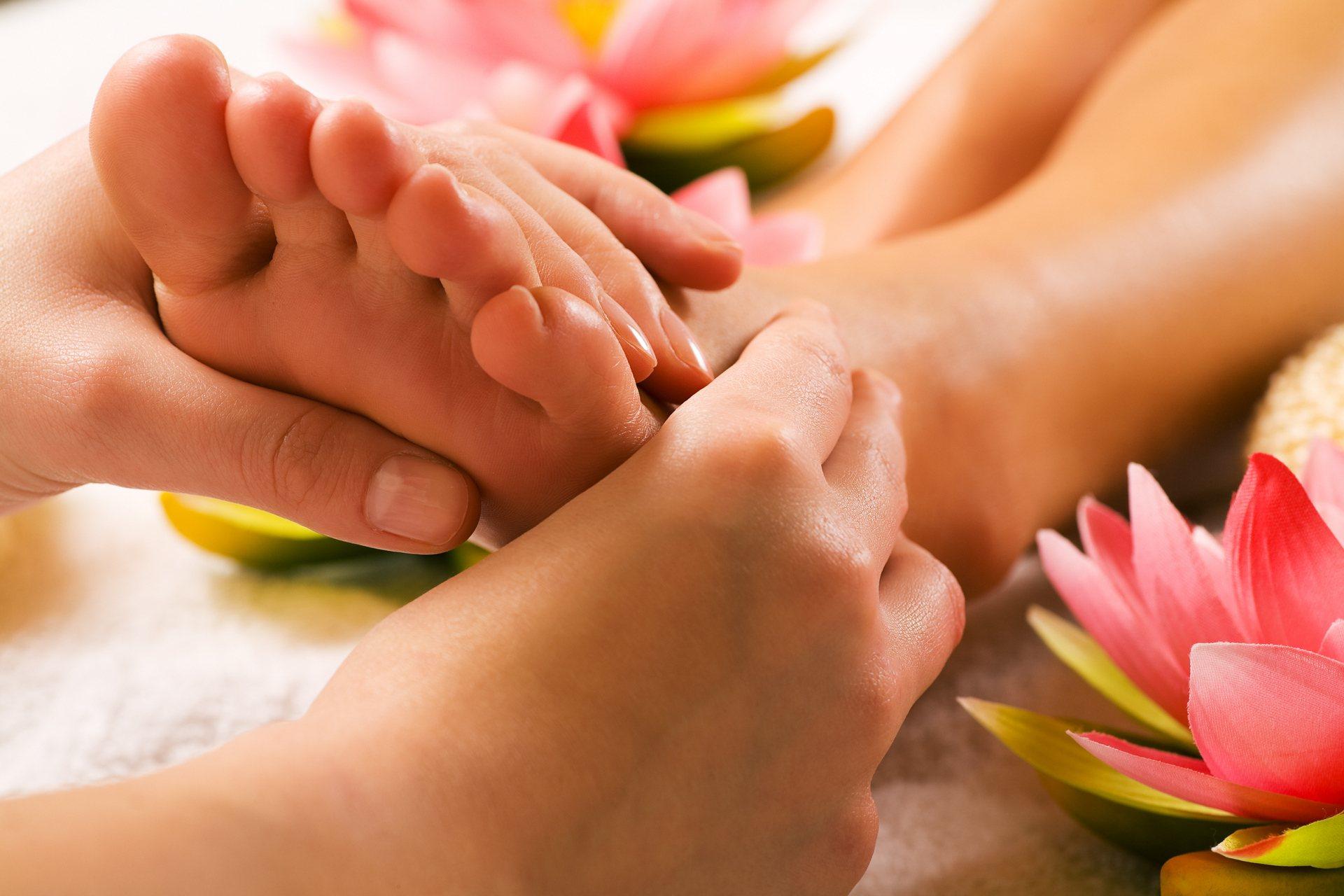 fájdalom a lábak és a kezek ízületeinek végtagjain