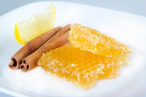 vállízületi kezelés mézzel és