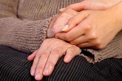 hogyan kell kezelni az duzzadt ujjak ízületeit