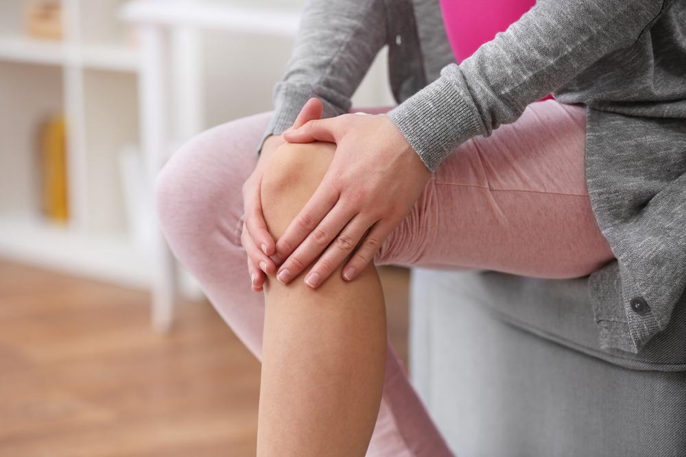 a térdízületi fájdalom osteoarthritisének duzzanata)