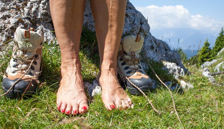 fájdalom a lábak ízületeiben hogyan kell megérteni)