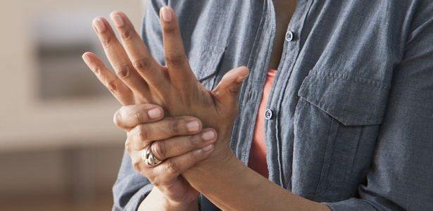fáj egy ízületi kéz hatékony injekciók ízületi fájdalmak kezelésére