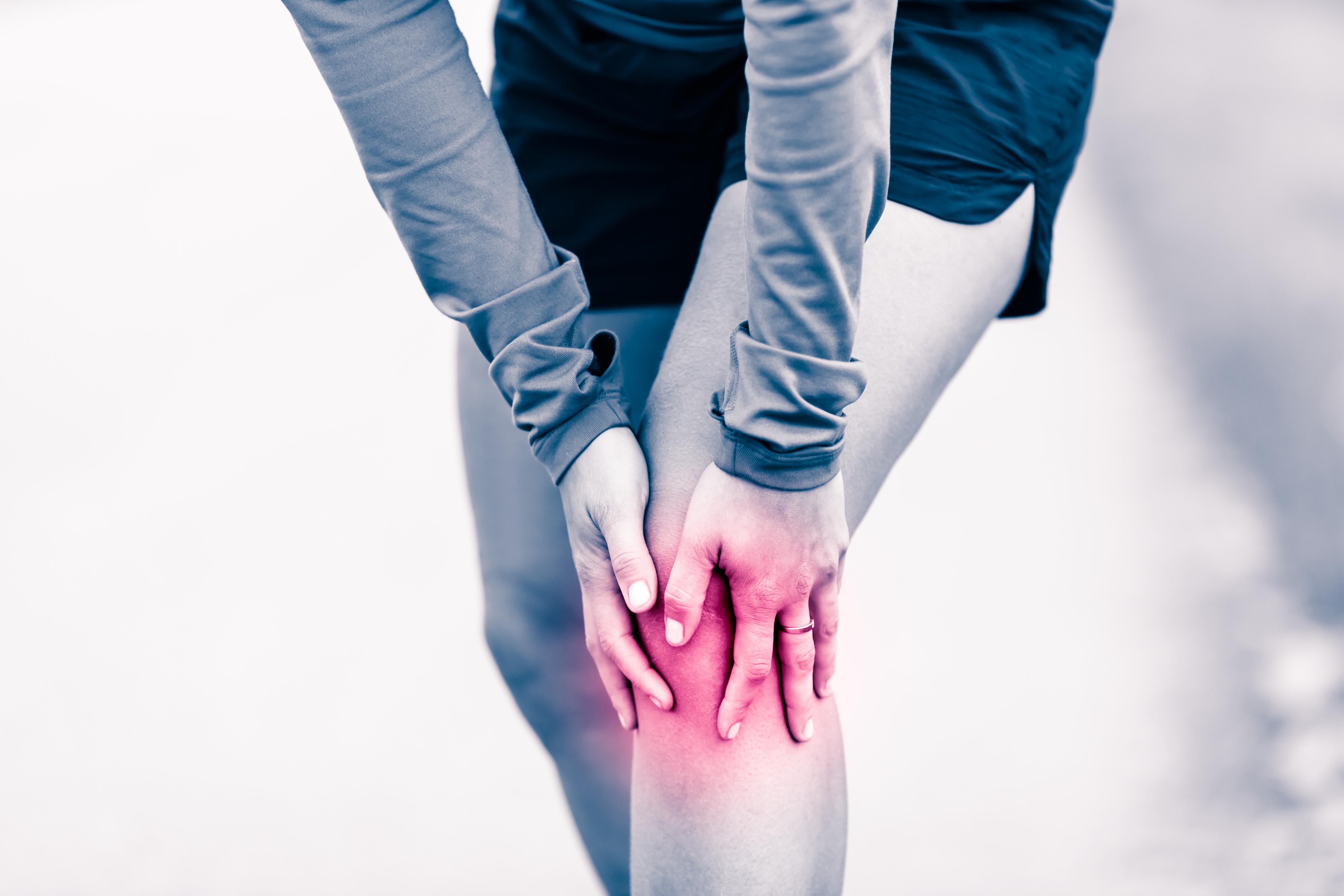 ízületi deformáció és fájdalom
