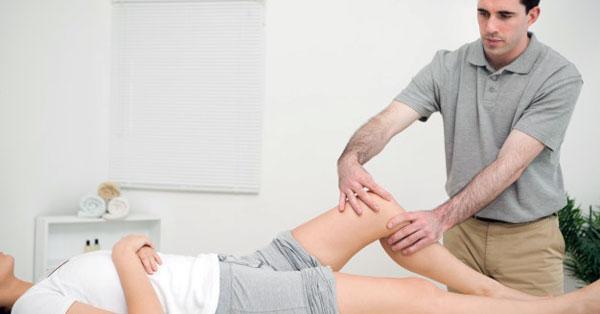 ízületi fájdalmak, melyik szakemberhez kell fordulni artrózis kezelési terv