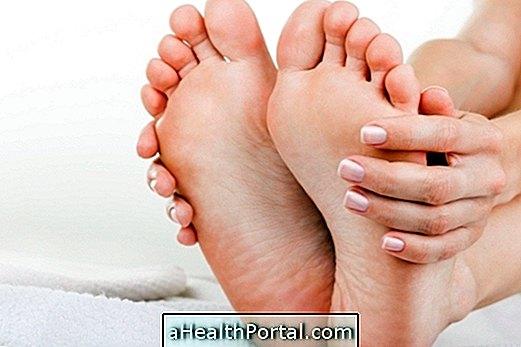 fájdalom a lábak kis ízületeiben