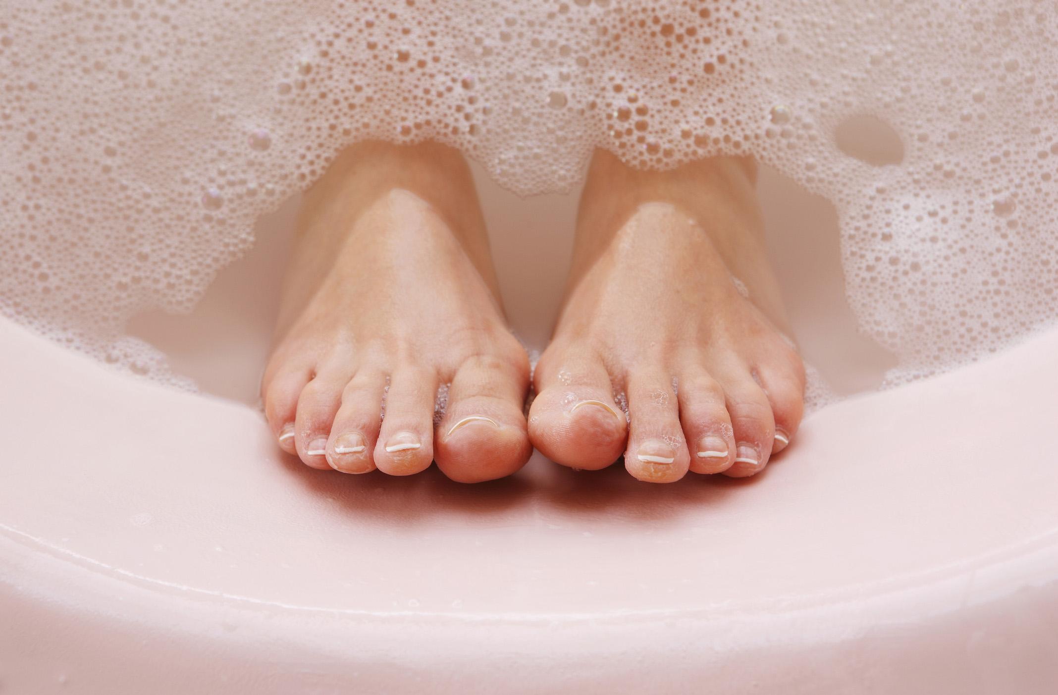 Hogyan a hat a gyógyvíz az izületi fájdalmakra? - Fürdőmánia