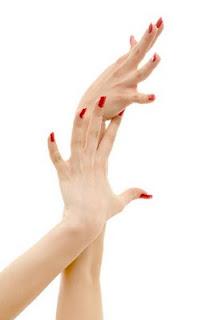 az ujjak artrózisát kezeljük)