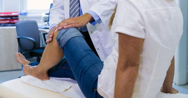 A térdfájás lehetséges okai - HáziPatika