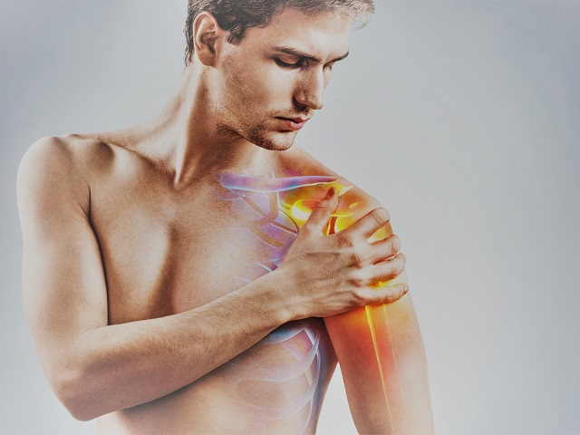 vállfájdalom és ropogásos kezelés)