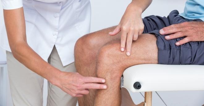 a térd artritisz jele)
