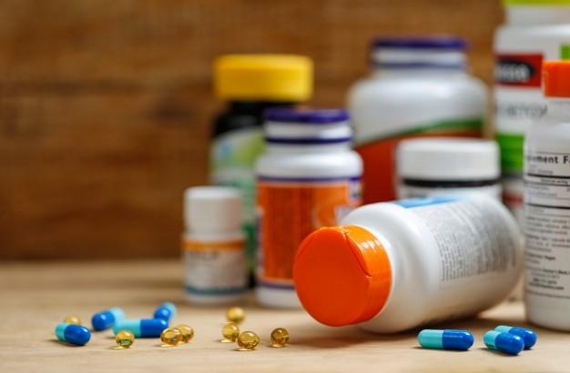gyógyszerek és közös készítmények
