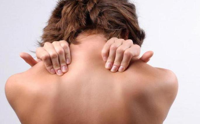 kenőcsök a mellkasi gerinc osteochondrozisához mitől fáj a hátam közepe