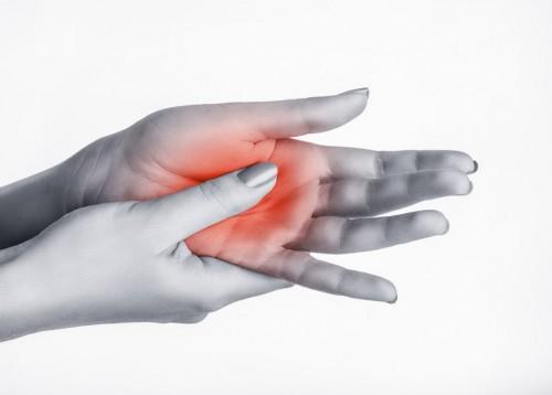 fájdalom a kezek könyökfórumán