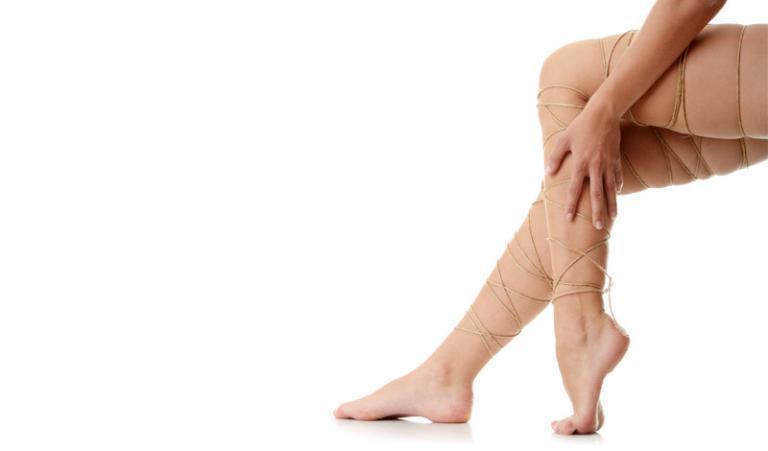 Otthoni, természetes praktikák a duzzadt, bedagadt lábak kezelésére
