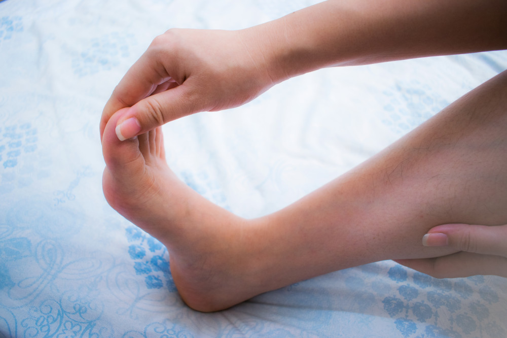 zsibbadt lábujjak