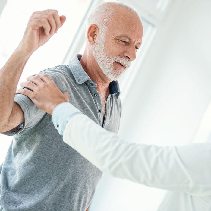 váll sérülések tünetei