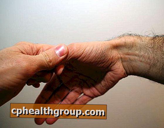 váll fájdalom könyökízület negatív ízületi fájdalom reumatikus tesztek