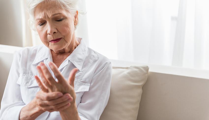 idős emberek ízületi fájdalmainak gyógyszere fájdalom és nehézség a térdízületekben