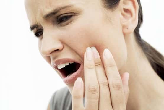 keserűség a szájban és ízületi fájdalom)