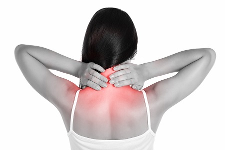 A nyakfájdalom 3 jele - Ezeket vegye komolyan!