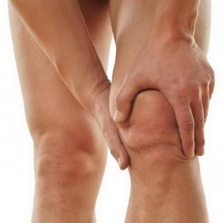 térdízületi tünetek és