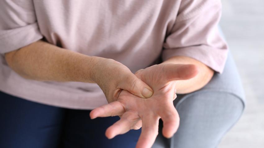 közös ízületi betegségek)